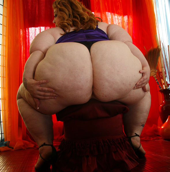 Huge Fat Chunky SSBBW Plumper Ass Pics