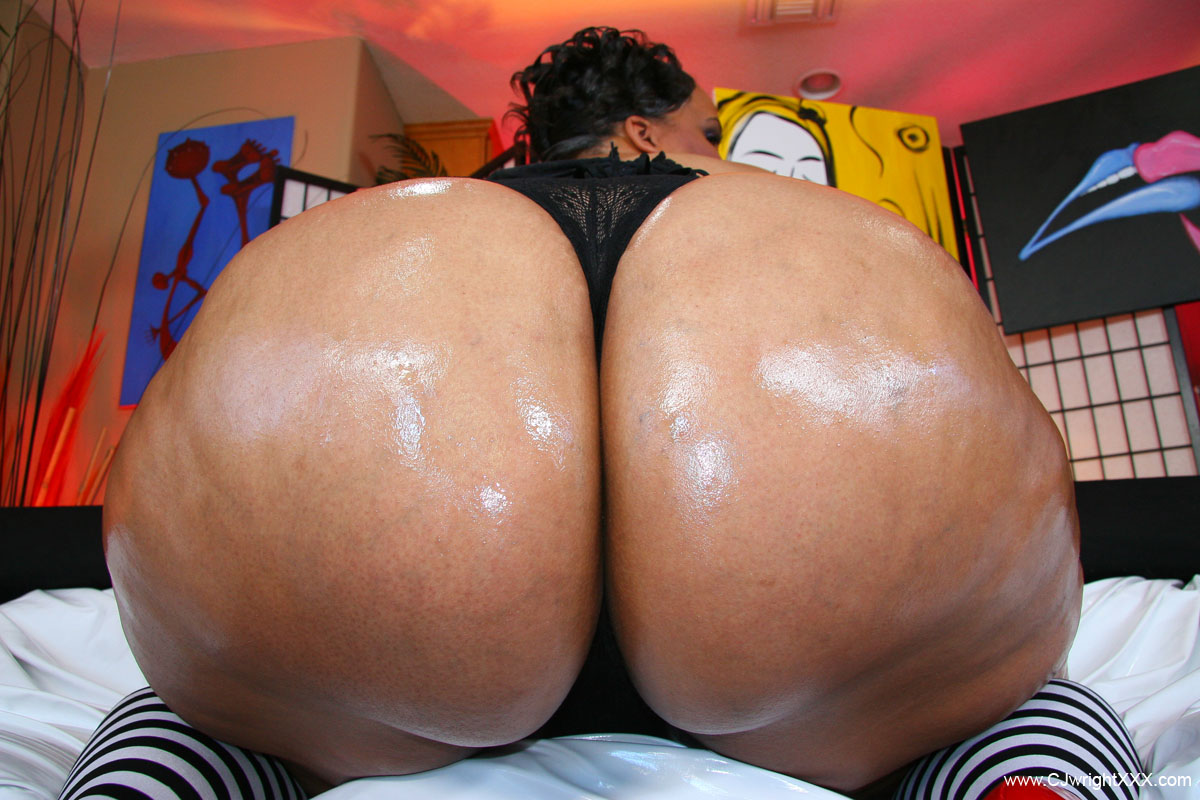 phat black bubble ass
