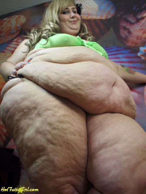 image Fat massive woman gets ass fucked