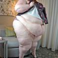 SSBBW Tummy Rolls